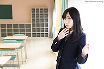 Kasugano Yui showing panties in class and showing off her ass